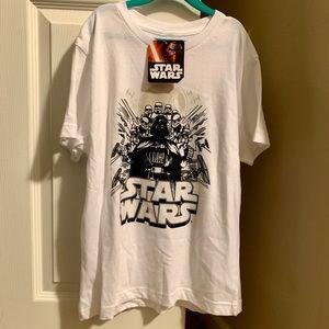 🍏3/$15 Del Sol color change boys Star Wars shirt